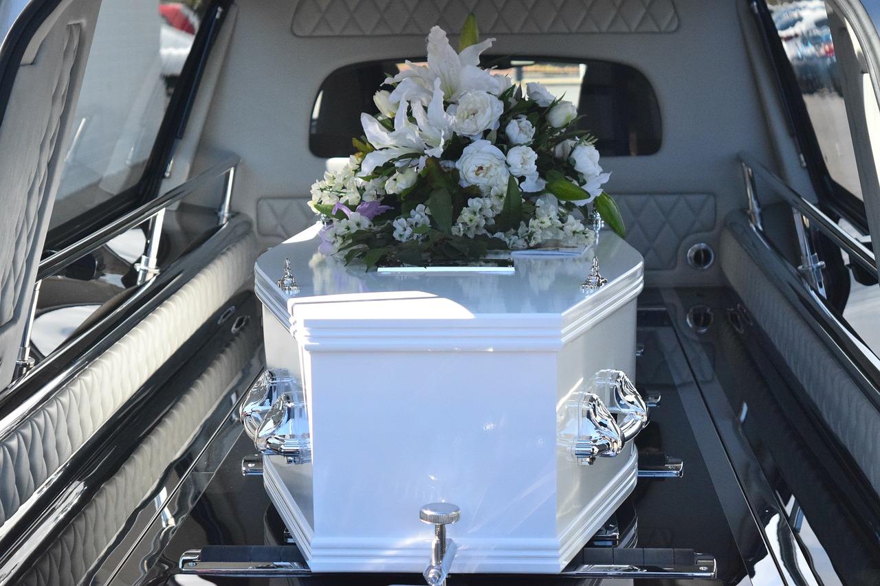 înmormântare în zona Colentina